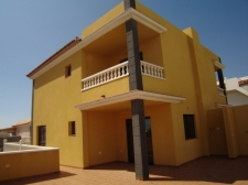 Таунхаус, El Medano, Granadilla, Продажа недвижимости на Тенерифе 315 000 €