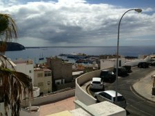 Three bedrooms, Los Cristianos, Arona, Property for sale in Tenerife: 325 000 €