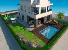 Villa, Los Cristianos, Arona, La venta de propiedades en la isla Tenerife: 830 000 €