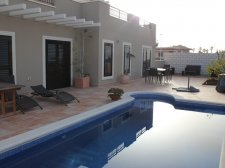 Villa, Callao Salvaje, Adeje, Property for sale in Tenerife: 550 000 €