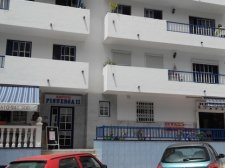 Three bedrooms, Adeje, Adeje, Property for sale in Tenerife: 145 000 €