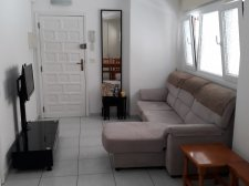Two Bedrooms, Los Cristianos, Arona, Property for sale in Tenerife: 140 000 €