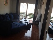 Three bedrooms, Los Cristianos, Arona, Property for sale in Tenerife: 275 000 €