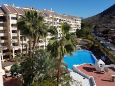 Two Bedrooms, Los Cristianos, Arona, Property for sale in Tenerife: 230 000 €