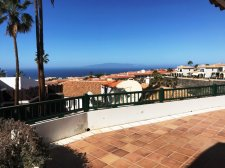 Two Bedrooms, Chayofa, Arona, Property for sale in Tenerife: 250 000 €