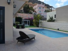 Villa, Roque del Conde, Adeje, Property for sale in Tenerife: 750 000 €