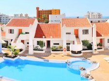 Two Bedrooms, Los Cristianos, Arona, Property for sale in Tenerife: 260 000 €