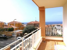 Two Bedrooms, Madronal de Fanabe, Adeje, Property for sale in Tenerife: 254 000 €