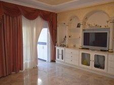 Трёхкомнатная, Los Cristianos, Arona, Продажа недвижимости на Тенерифе 439 000 €