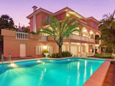 Elite Villa, Santa Cruz de Tenerife, Santa Cruz, Property for sale in Tenerife: 1 200 000 €