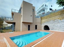 Villa, San Eugenio Alto, Adeje, Property for sale in Tenerife: 790 000 €