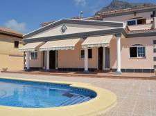 Villa, Torviscas Alto, Adeje, Property for sale in Tenerife: