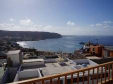 Two Bedrooms, Los Cristianos, Arona, Property for sale in Tenerife: 225 000 €