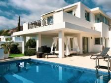 Villa de lujo, Madroñal del Fañabe, Adeje, La venta de propiedades en la isla Tenerife: 1 350 000 €