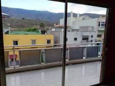 Three bedrooms, Valle San Lorenzo, Arona, Property for sale in Tenerife: 100 000 €