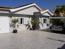 Villa, Callao Salvaje, Adeje, Property for sale in Tenerife: 690 000 €