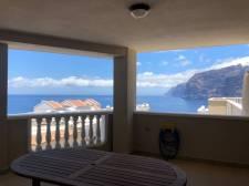 Трёхкомнатная, Los Gigantes, Santiago del Teide, Продажа недвижимости на Тенерифе 430 000 €