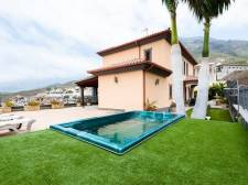 Elite Villa, Roque del Conde, Adeje, Property for sale in Tenerife: 1 980 000 €