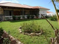 Вилла, La Florida, Arona, Продажа недвижимости на Тенерифе 480 000 €