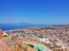 Two Bedrooms, Torviscas Alto, Adeje, Property for sale in Tenerife: 339 000 €