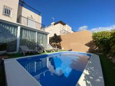Town House, Fanabe Pueblo, Adeje, Property for sale in Tenerife: 525 000 €