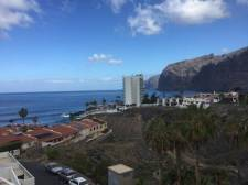 Penthouse, Los Gigantes, Santiago del Teide, Property for sale in Tenerife: 180 000 €
