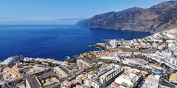 Puerto Santiago, Puerto de Santiago