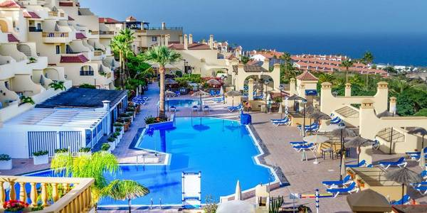 CLC Paradise Resort, Torviscas